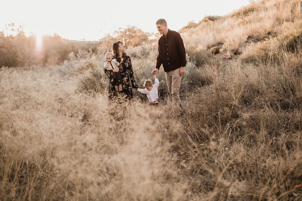 Alicia+lucia+photography+-+albuquerque+wedding+photographer+-+santa+fe+wedding+photography+-+new+mexico+wedding+photographer+-+family+photography+-+family+session+-+southwest+photographer+-+golden+hour+session_0012.jpg