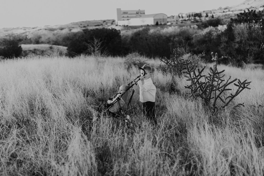Alicia+lucia+photography+-+albuquerque+wedding+photographer+-+santa+fe+wedding+photography+-+new+mexico+wedding+photographer+-+family+photography+-+family+session+-+southwest+photographer+-+golden+hour+session_0032.jpg
