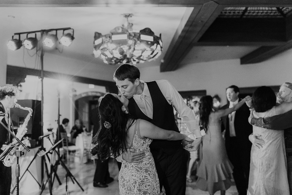 Alicia+lucia+photography+-+albuquerque+wedding+photographer+-+santa+fe+wedding+photography+-+new+mexico+wedding+photographer+-+new+mexico+wedding+dj+-+new+mexico+wedding+band+-+wedding+music_0020.jpg