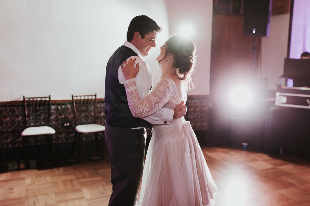 Alicia+lucia+photography+-+albuquerque+wedding+photographer+-+santa+fe+wedding+photography+-+new+mexico+wedding+photographer+-+new+mexico+wedding+dj+-+new+mexico+wedding+band+-+wedding+music_0046.jpg