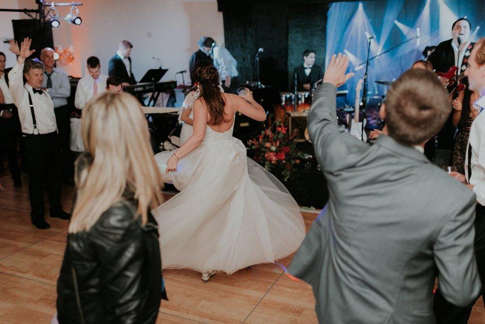 Alicia+lucia+photography+-+albuquerque+wedding+photographer+-+santa+fe+wedding+photography+-+new+mexico+wedding+photographer+-+new+mexico+wedding+dj+-+new+mexico+wedding+band+-+wedding+music_0058.jpg