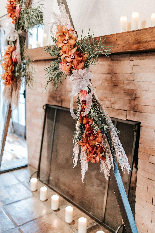 Alicia+lucia+photography+-+albuquerque+wedding+photographer+-+santa+fe+wedding+photography+-+new+mexico+wedding+photographer+-+wedding+ceremony+-+wedding+alter+-+floral+alter_0003.jpg
