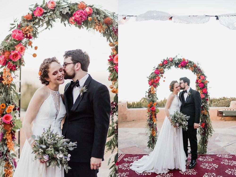 Alicia+lucia+photography+-+albuquerque+wedding+photographer+-+santa+fe+wedding+photography+-+new+mexico+wedding+photographer+-+wedding+ceremony+-+wedding+alter+-+floral+alter_0010.jpg