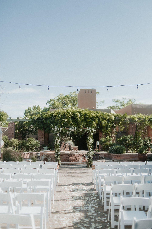 Alicia+lucia+photography+-+albuquerque+wedding+photographer+-+santa+fe+wedding+photography+-+new+mexico+wedding+photographer+-+wedding+ceremony+-+wedding+alter+-+floral+alter_0014.jpg