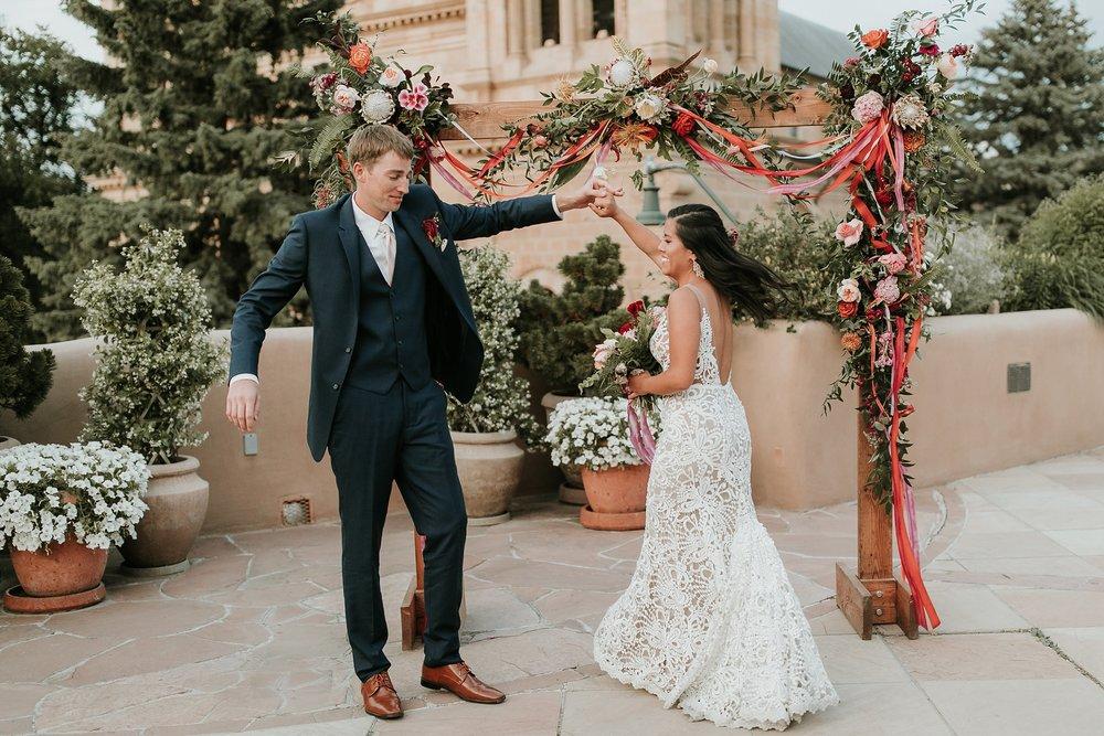 Alicia+lucia+photography+-+albuquerque+wedding+photographer+-+santa+fe+wedding+photography+-+new+mexico+wedding+photographer+-+wedding+ceremony+-+wedding+alter+-+floral+alter_0027.jpg