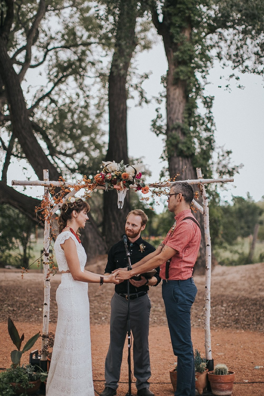Alicia+lucia+photography+-+albuquerque+wedding+photographer+-+santa+fe+wedding+photography+-+new+mexico+wedding+photographer+-+wedding+ceremony+-+wedding+alter+-+floral+alter_0075.jpg
