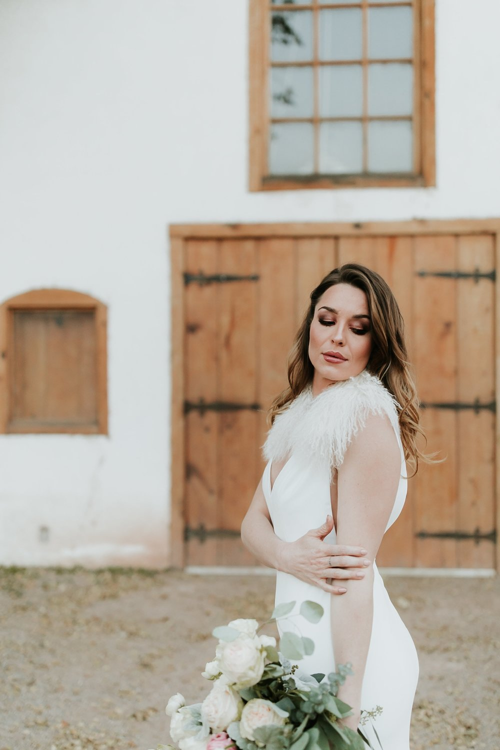 Alicia+lucia+photography+-+albuquerque+wedding+photographer+-+santa+fe+wedding+photography+-+new+mexico+wedding+photographer+-+bridal+shoot+-+styled+bridal+shoot+-+southwest+bride_0022.jpg