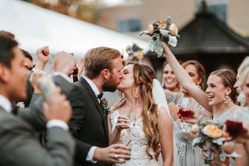 Alicia+lucia+photography+-+albuquerque+wedding+photographer+-+santa+fe+wedding+photography+-+new+mexico+wedding+photographer+-+new+mexico+wedding+-+santa+fe+wedding+-+albuquerque+wedding+-+bridal+hair_0018.jpg
