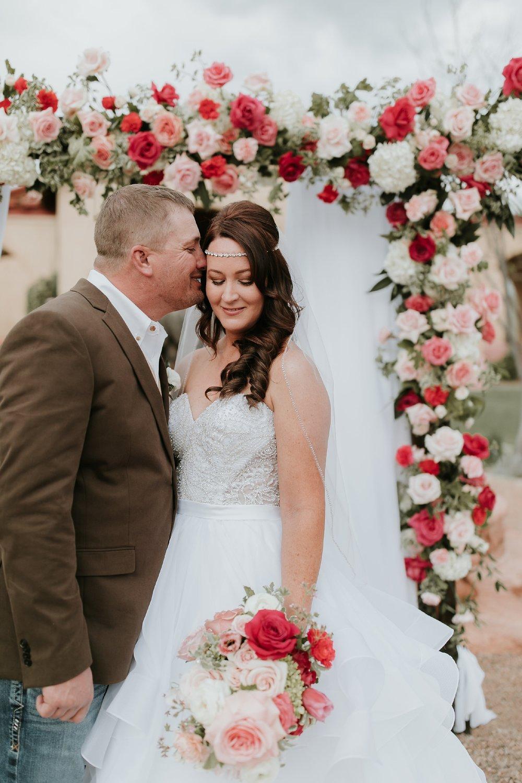 Alicia+lucia+photography+-+albuquerque+wedding+photographer+-+santa+fe+wedding+photography+-+new+mexico+wedding+photographer+-+new+mexico+florist+-+wedding+florist+-+renegade+floral_0043.jpg