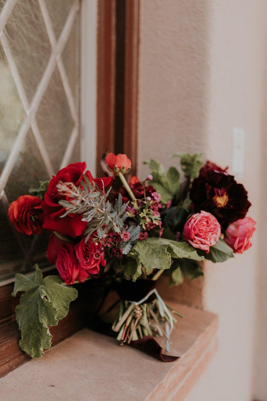 Alicia+lucia+photography+-+albuquerque+wedding+photographer+-+santa+fe+wedding+photography+-+new+mexico+wedding+photographer+-+new+mexico+florist+-+wedding+florist+-+renegade+floral_0096.jpg