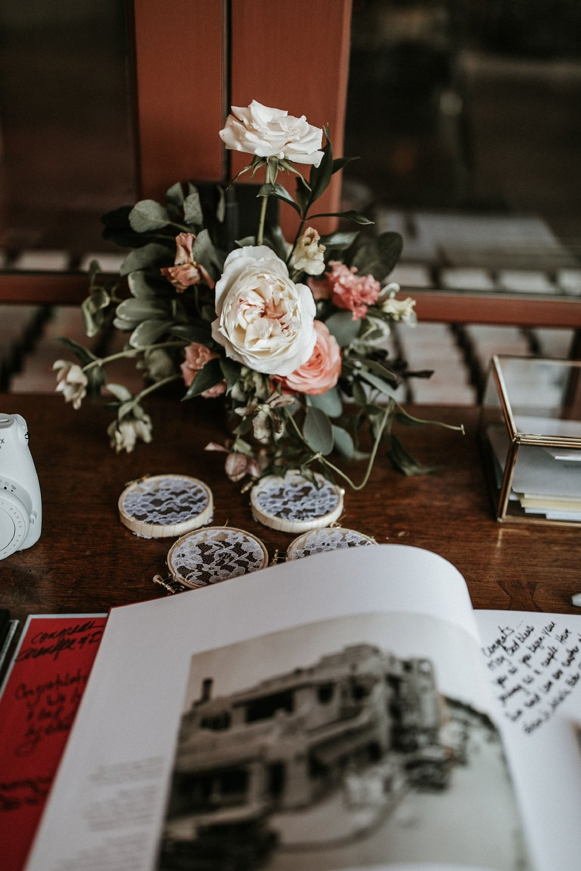 Alicia+lucia+photography+-+albuquerque+wedding+photographer+-+santa+fe+wedding+photography+-+new+mexico+wedding+photographer+-+new+mexico+florist+-+wedding+florist+-+renegade+floral_0105.jpg
