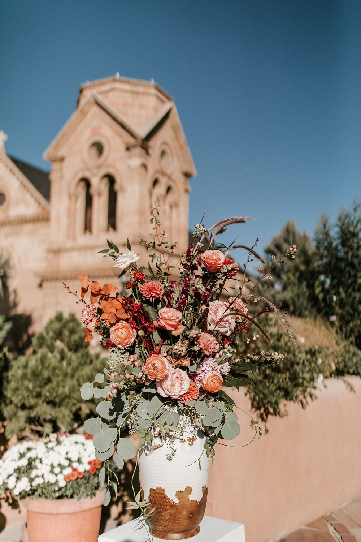 Alicia+lucia+photography+-+albuquerque+wedding+photographer+-+santa+fe+wedding+photography+-+new+mexico+wedding+photographer+-+new+mexico+florist+-+wedding+florist+-+renegade+floral_0111.jpg