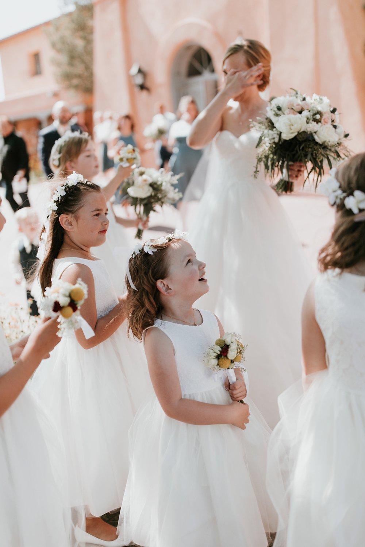 Alicia+lucia+photography+-+albuquerque+wedding+photographer+-+santa+fe+wedding+photography+-+new+mexico+wedding+photographer+-+new+mexico+wedding+-+flower+girl+-+wedding+flower+girl_0046.jpg