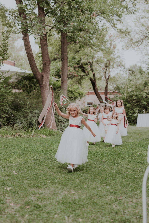 Alicia+lucia+photography+-+albuquerque+wedding+photographer+-+santa+fe+wedding+photography+-+new+mexico+wedding+photographer+-+new+mexico+wedding+-+flower+girl+-+wedding+flower+girl_0077.jpg