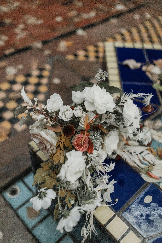 Alicia+lucia+photography+-+albuquerque+wedding+photographer+-+santa+fe+wedding+photography+-+new+mexico+wedding+photographer+-+new+mexico+wedding+-+fall+wedding+-+fall+wedding+florals+-+wedding+florals_0009.jpg