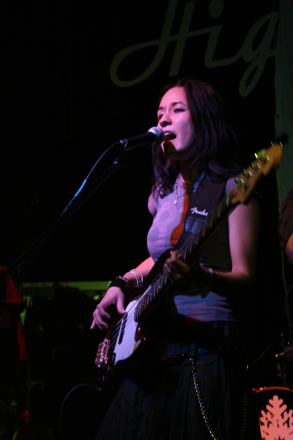 naomi_hall_live_at_high_dive_jessica_totten.jpg
