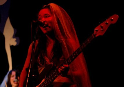 naomi_hall_live_at_high_dive_with_brides_of_obscurity.jpg