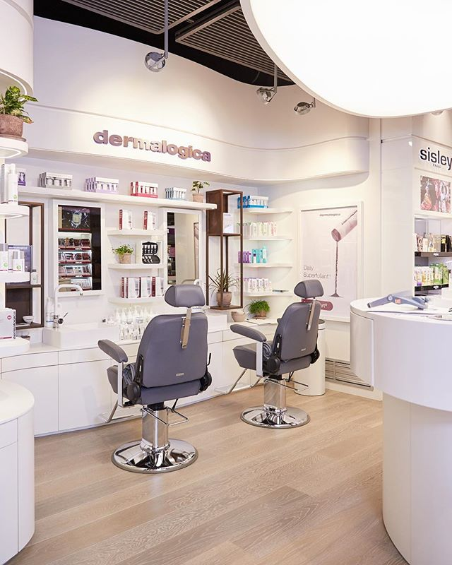 Dermalogica counter at Coin de- partment store, Milan. @dermalogicaitalia  Retail design and production by @roof_creative_studio  Designer Simone Fantoni  Special Thanks to @valeyo #dermalogica #roofcreativestudio #roofproduction #retaildesign #skincare #beauty