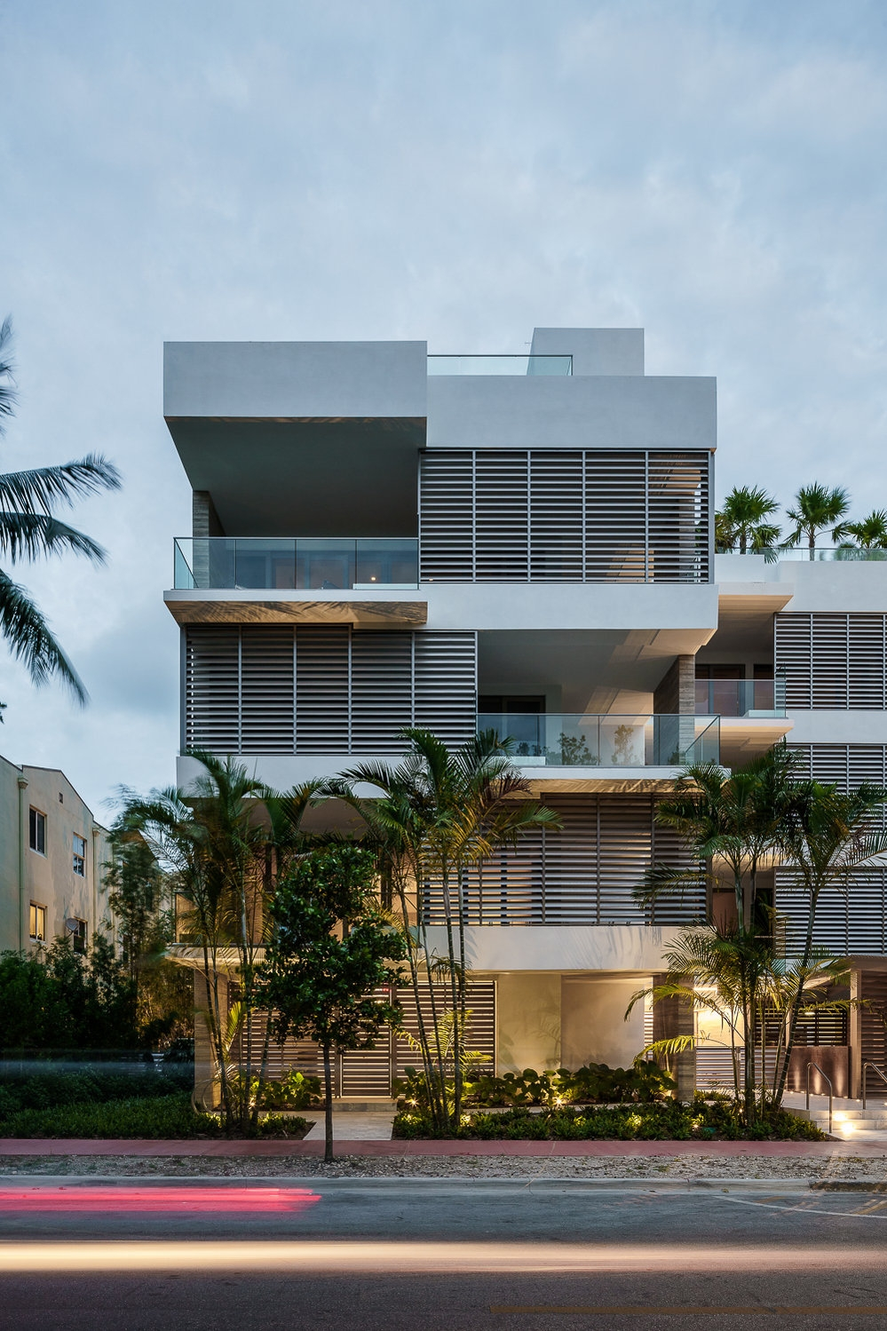 LOUVER HOUSE  - Rene Gonzalez Architect - Miami