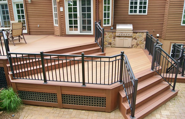 dsc00624_picture_frame_skirting_custom_lattice_wolf_pvc_decking_aluminum_rails_built_in_stone_kitchen_woodcliff_lake_nj. (1)-M.jpg