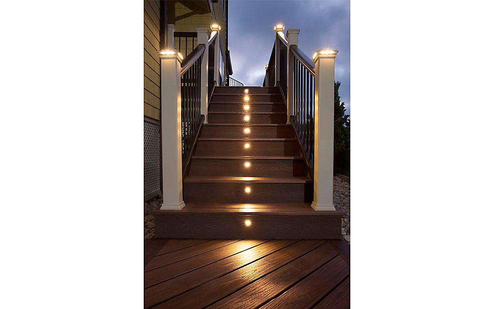 transcend-decking-railing-spiced-rum-monmouth-stairs-lighting-013.jpg