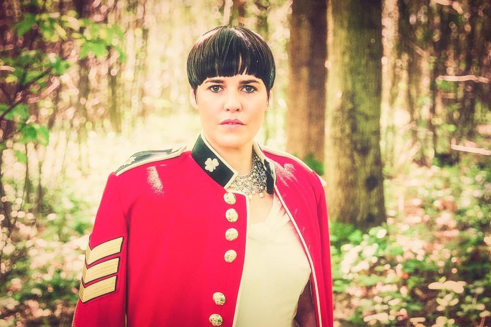 Jen rocks the military look