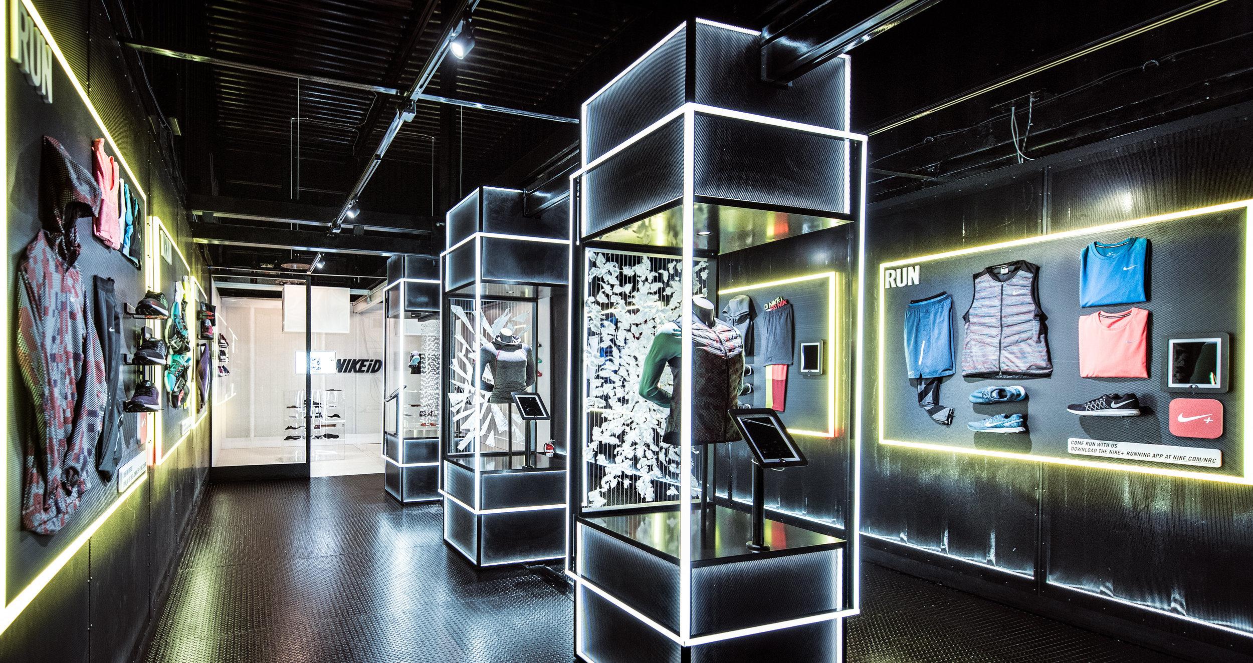 Pop Up Exhibition Stand Design : Ben carstensen