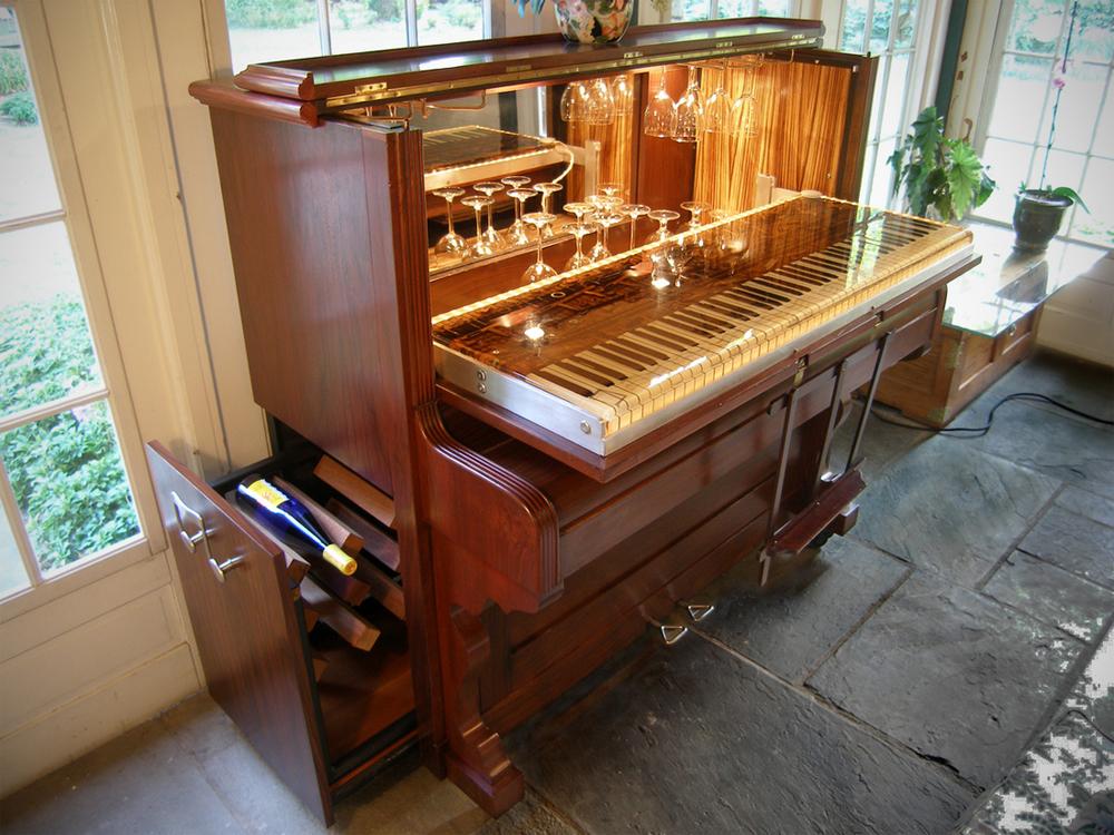 PIANO BAR - LANNING RESIDENCE