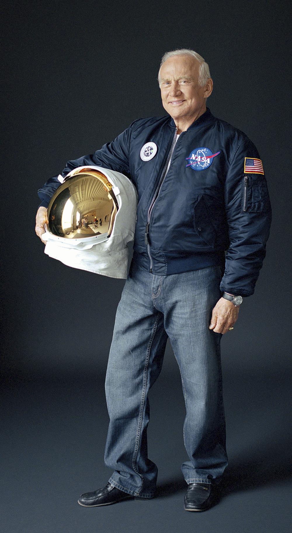 Apollo 11 Astronaut Buzz Aldrin.jpg