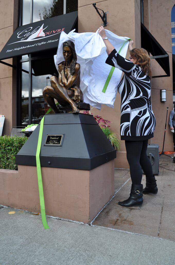 Sculpture Unveiling 2_Shannon Black.jpg