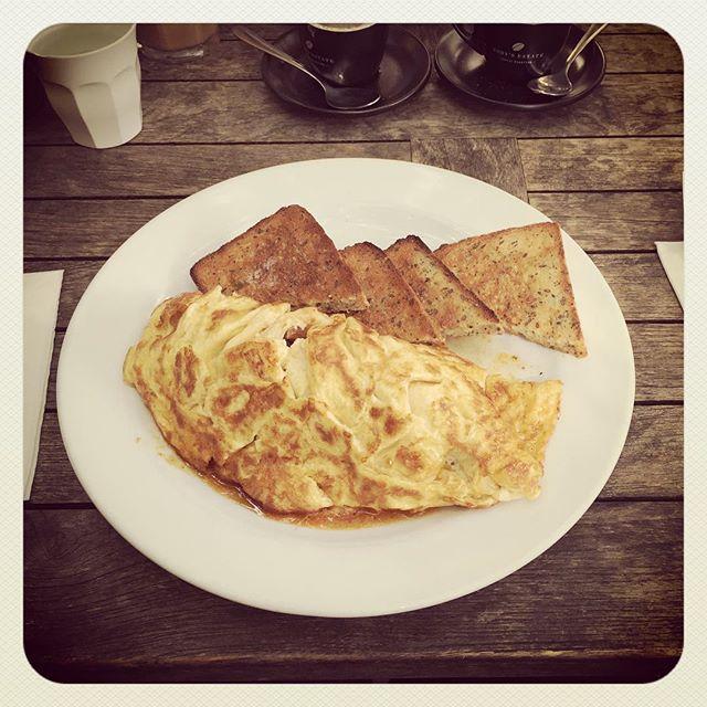Brunch time!!! 🤗☺️😁 #envycafe #cafe #coffee #instafood #foodporn