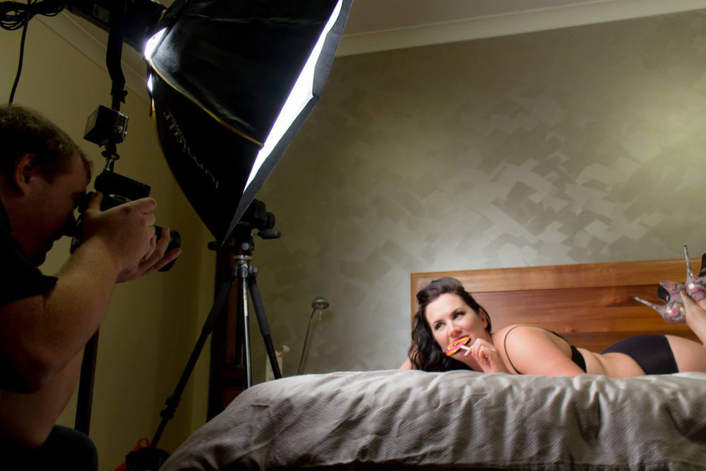 Intimate Boudoir & Glamour Photography - Brisbane | Belle-Vous Photography - Full Pose coaching