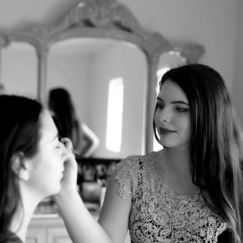 Melody Belle-Vous makeup artist