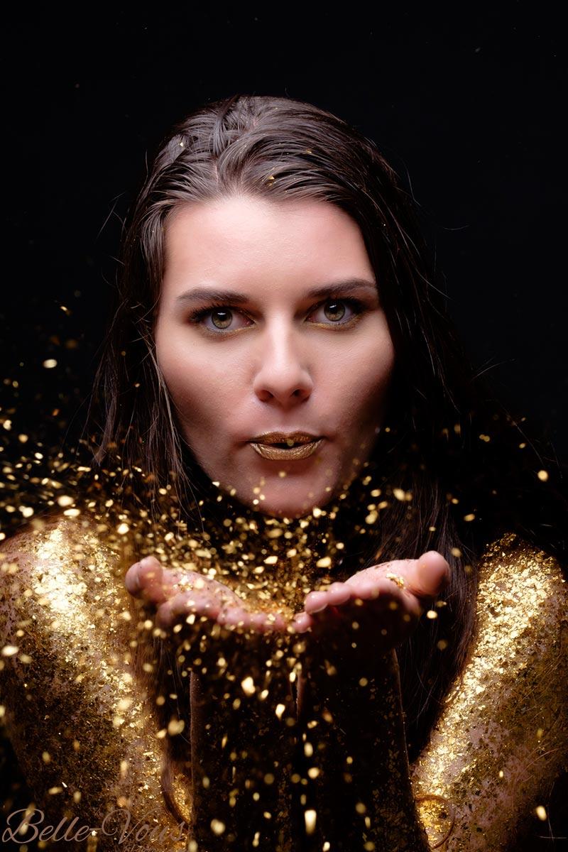 Gold-Glitter-Boudoir-01.jpg