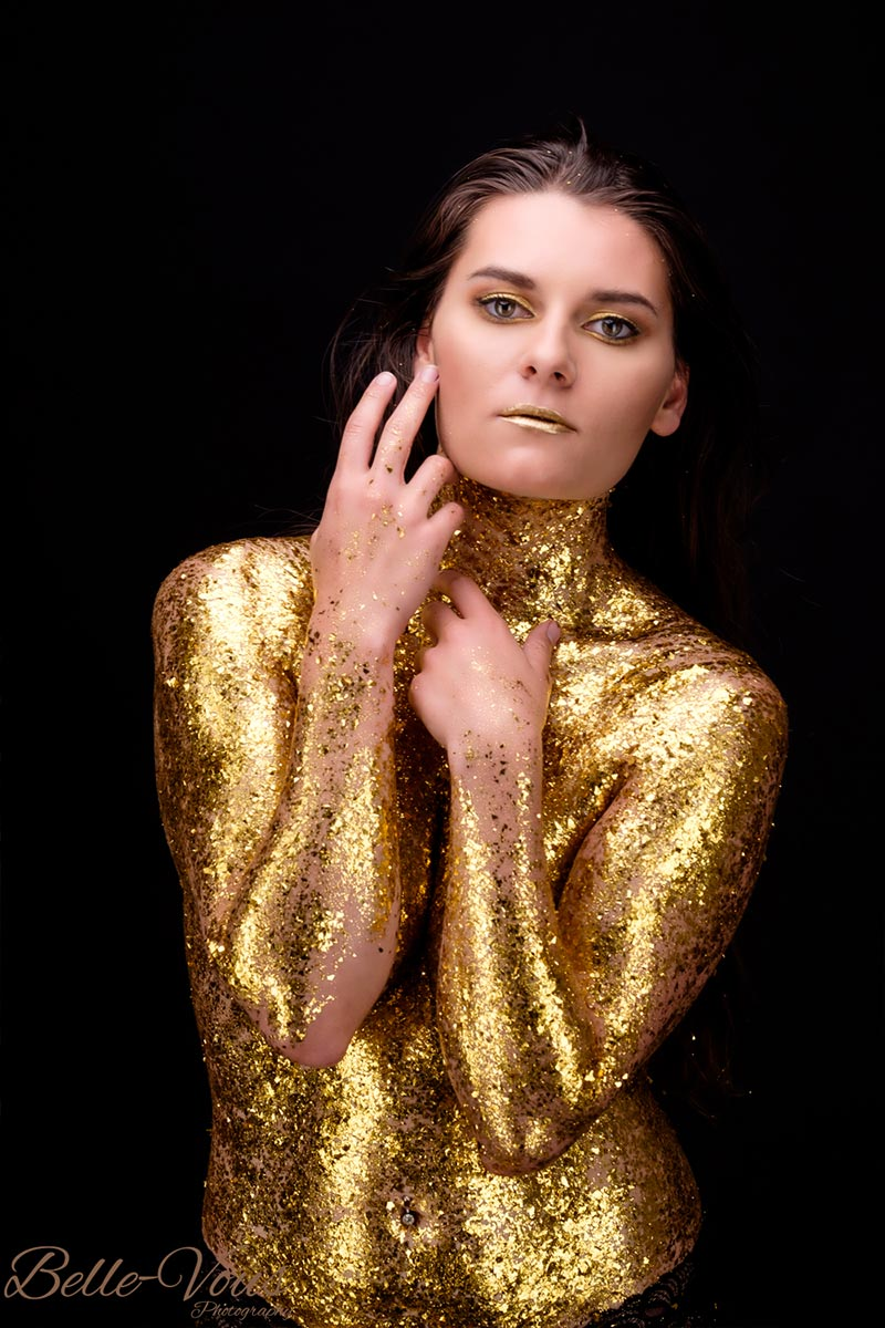 Gold-Glitter-Boudoir-02.jpg