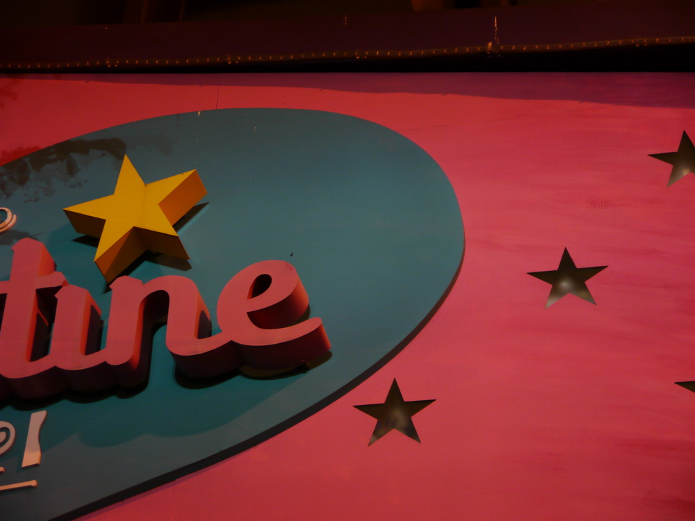 stars part valentine sign 2.JPG