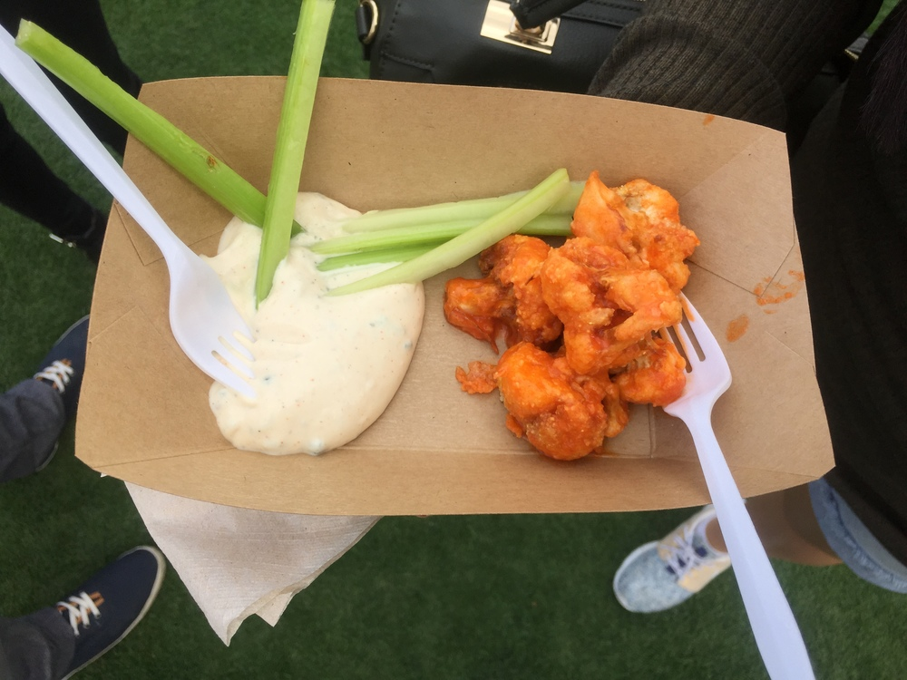 When I became vegan the #1 thing I missed were chicken wings in buffalo sauce! Welp that was quickly taken care of when I realized that vegan places offer buffalo cauliflower. It helps satisfy that craving.. ahhh my mouth is watering just typing this. These were so good! Mohawk Bend @MohawkLA