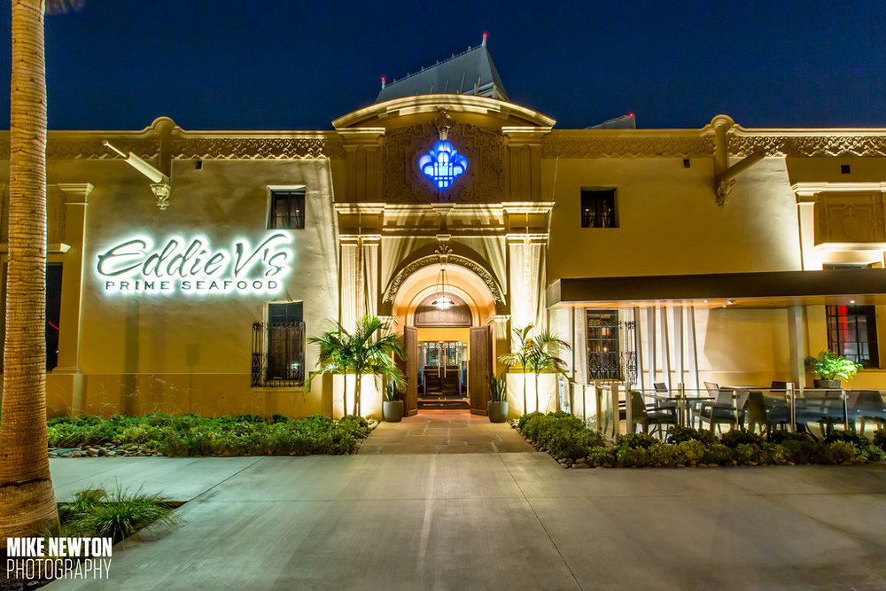 Eddie V's is situated in downtown San Diego, mere steps from the gorgeous bayfront walk at Seaport Village and the Embarcadero