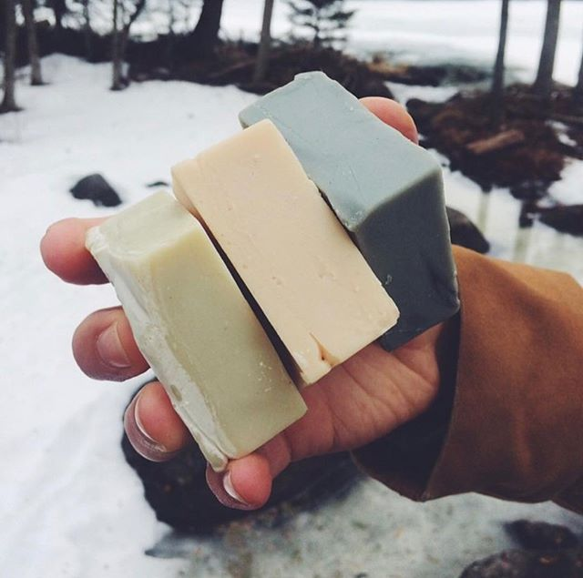 CLAY Soap is bold, clear and cold. • • #soapshare #madeinmanitoba #soap #snow #clay #mint #cedarwood #lime #bergamot #eucalyptus #grapefruit #bold #clean #cold