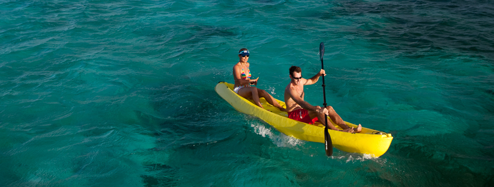 Kayak at Thatch Caye
