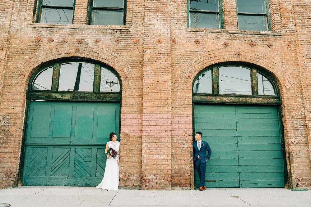 the-alley-at-daily-dose-wedding-brandon-bibbins-photography-4 (4).jpg