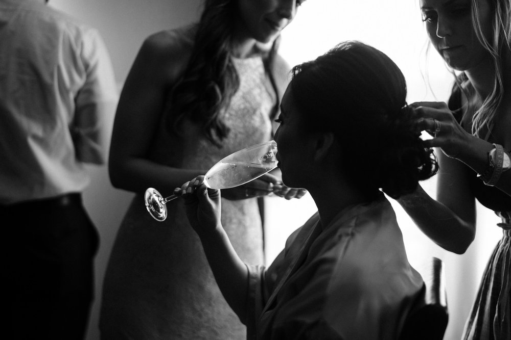 the-alley-at-daily-dose-wedding-brandon-bibbins-photography-6.jpg