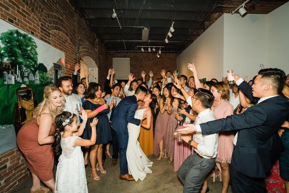 the-alley-at-daily-dose-wedding-brandon-bibbins-photography-7 (5).jpg