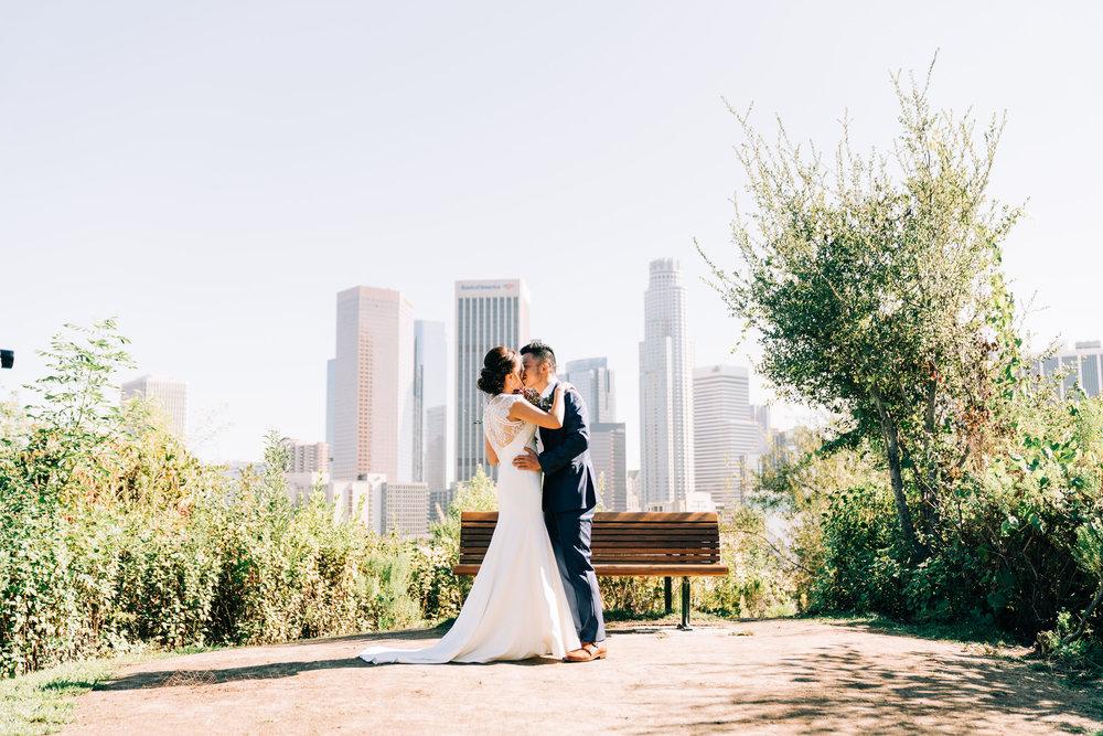 the-alley-at-daily-dose-wedding-brandon-bibbins-photography-8 (1).jpg