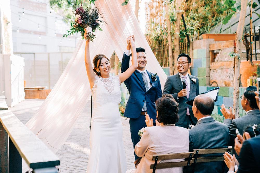 the-alley-at-daily-dose-wedding-brandon-bibbins-photography-2 (4).jpg