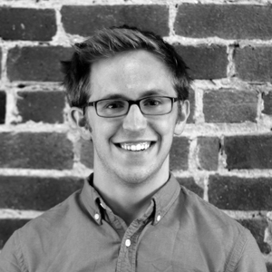 Jeff Fossett Data Scientist, Airbnb Before: Data Scientist, Booz Allen Hamilton Project: YUMM: A Yelp Summarization Miner