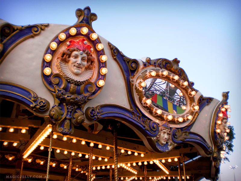 carousel-01.jpg