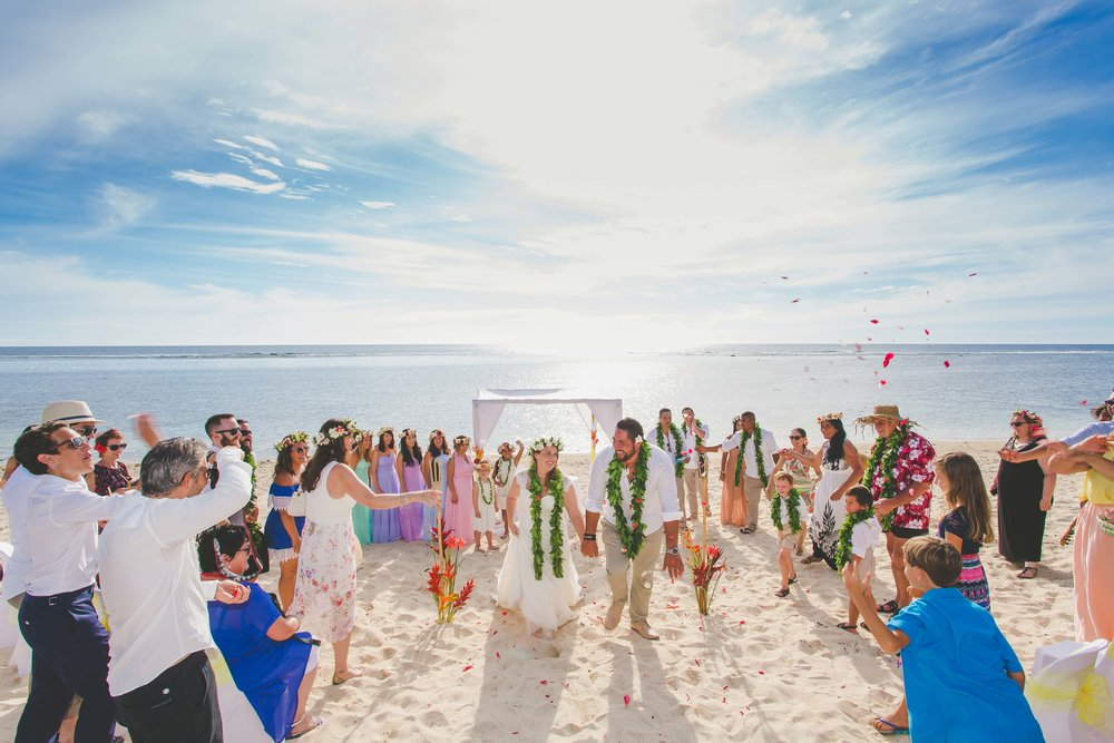 Beach wedding Rarotonga