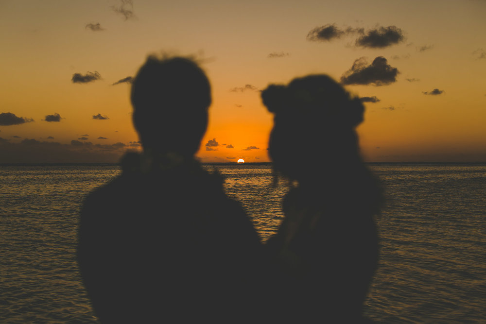 sunset wedding rarotonga