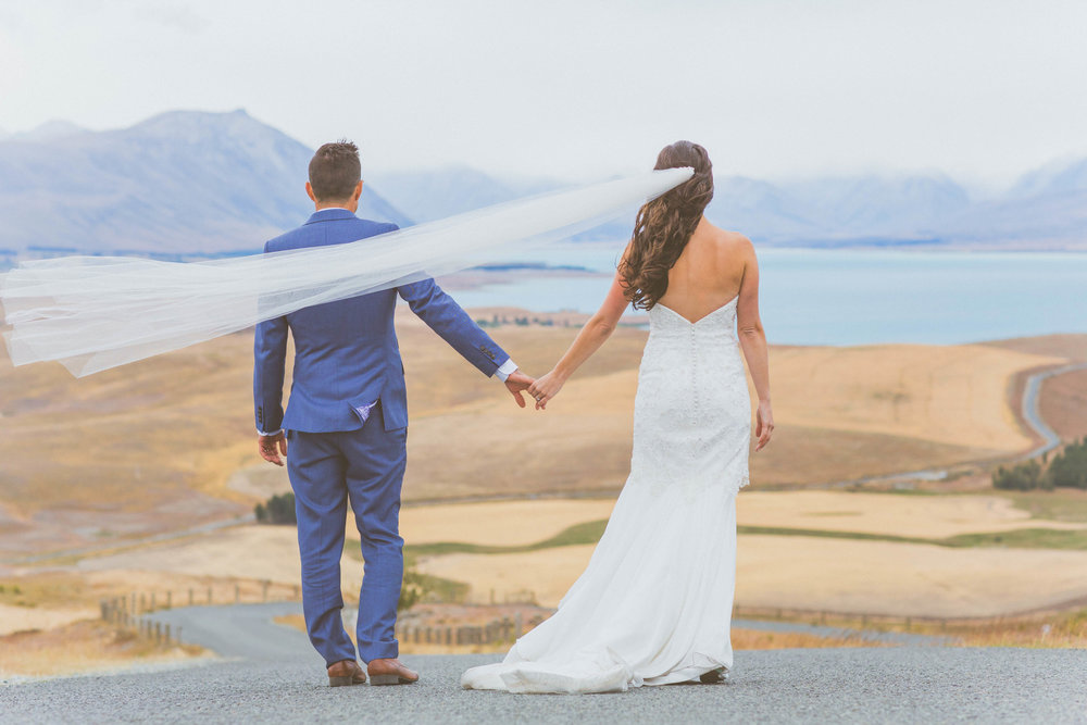 Lake Tekapo Bride and Groom New Zealand